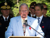 Alan Walden during a Memorial Day 2015 address.