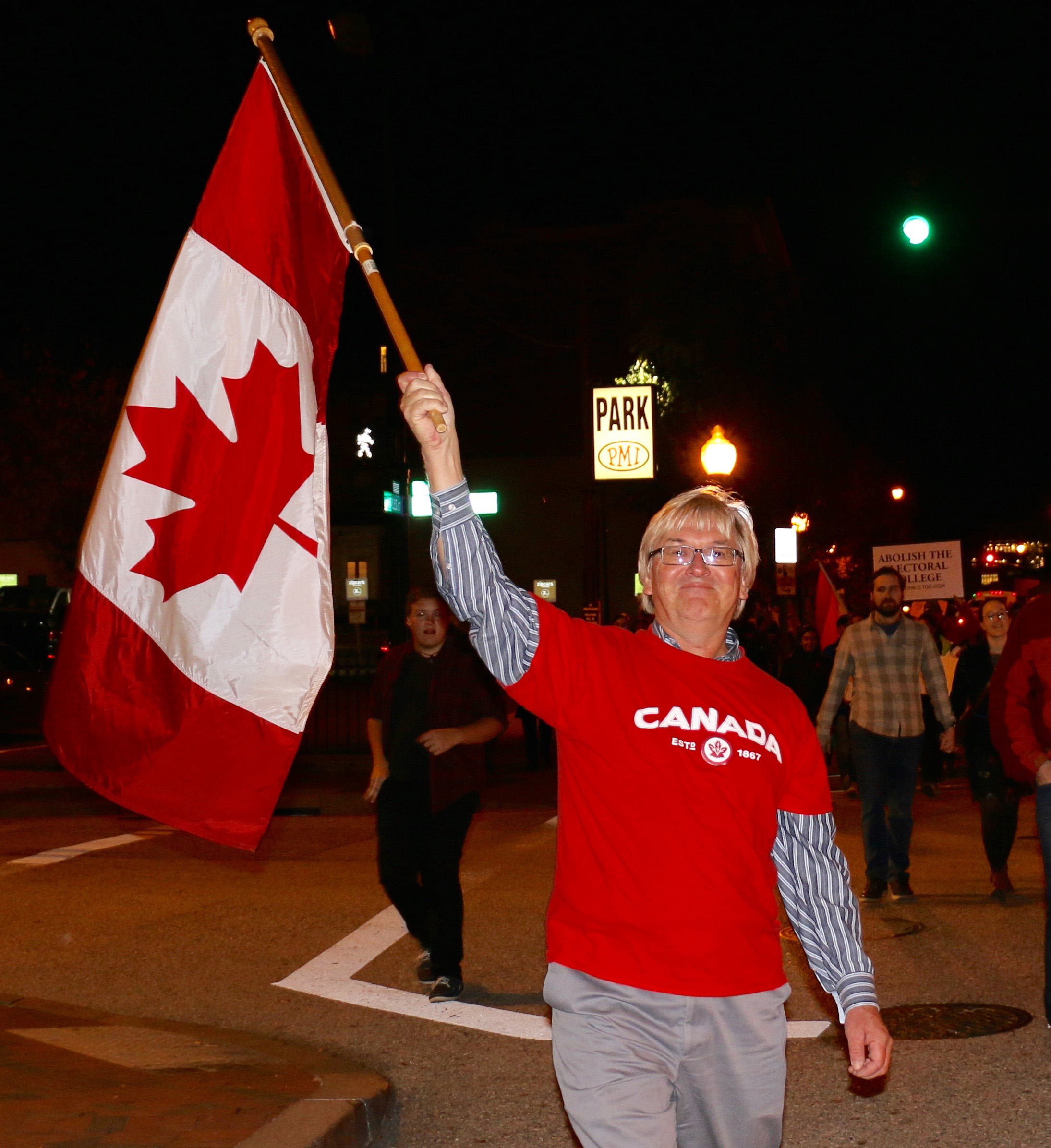 Steve, Allen, shows up his Canadian pride at rally. Photo by Tracy Smith.